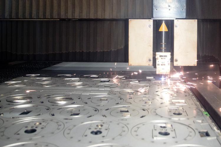 VMZ-Metallverarbeitung-Laserschneiden
