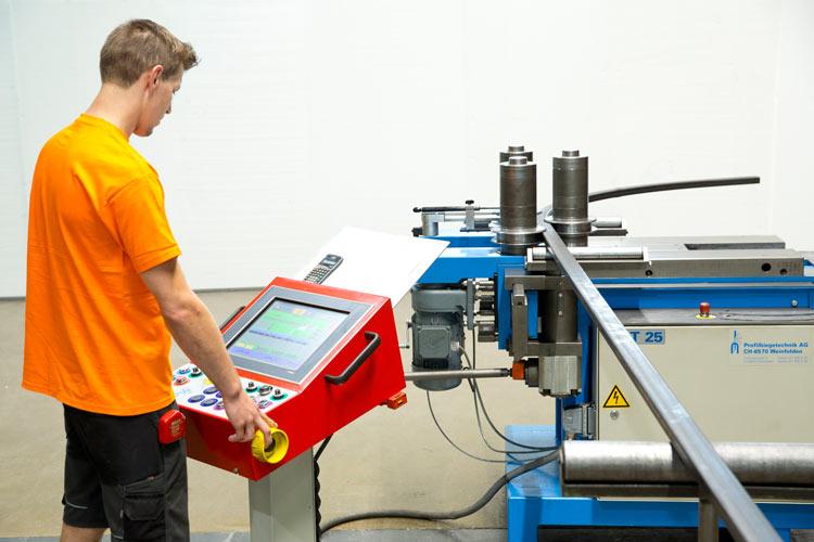 VMZ-Metallverarbeitung-Biegen