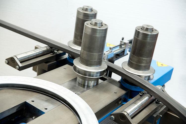 VMZ-Metallverarbeitung-Profilwalzen